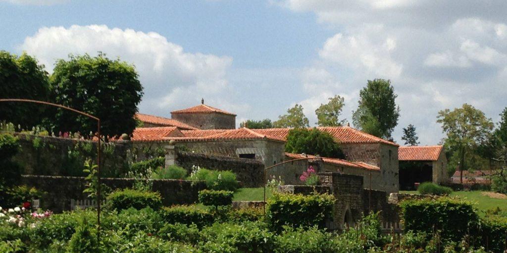 Les jardins habillant le logis de CHaligny